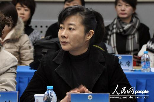 中央电视台主持人叶迎春 人民网记者宋心蕊 摄