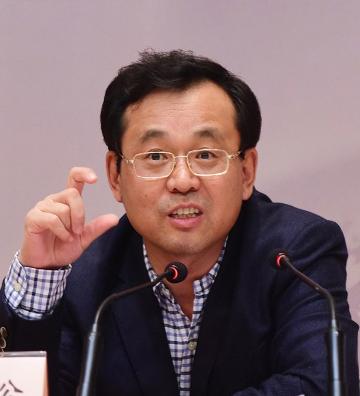 吕岩松:全面净化党内政治生态