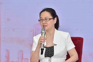 中国人民大学新闻学院副院长、博士生导师王润泽