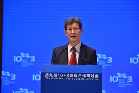 武汉大学人文社科资深教授胡德坤
