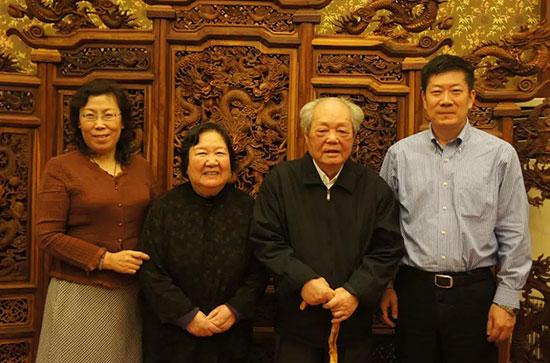 阎晓宏:我与冯其庸先生的出版缘