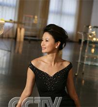 为央视女主播 刘芳菲 反击叫好 传媒 人民网