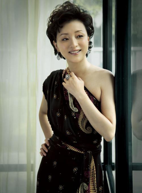 杨澜:让优秀中华民族文化渗透进孩子们的血液 (14)